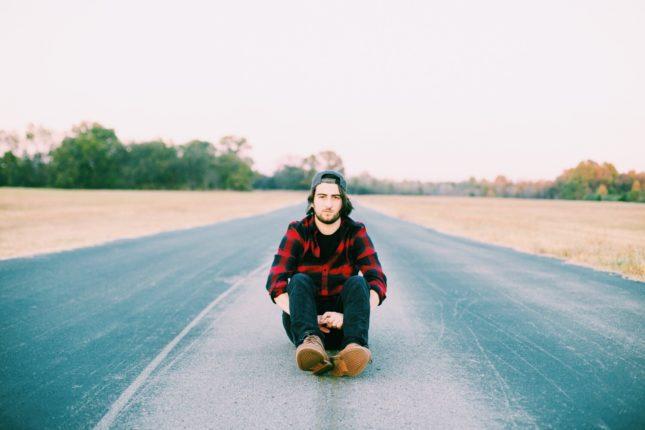 Noah Kahan - Love Music; Love Life